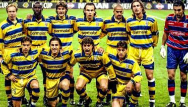 Serie A outfit Parma i 1999